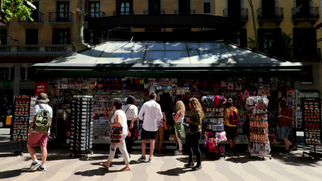 la rambla souvenir shop, barcelona, spain - souvenir stock videos and b-roll footage