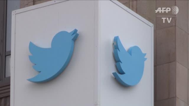 la red social twitter cerro 235000 cuentas en los ultimos seis meses por contener promocion del terrorismo - terrorismo stock videos & royalty-free footage
