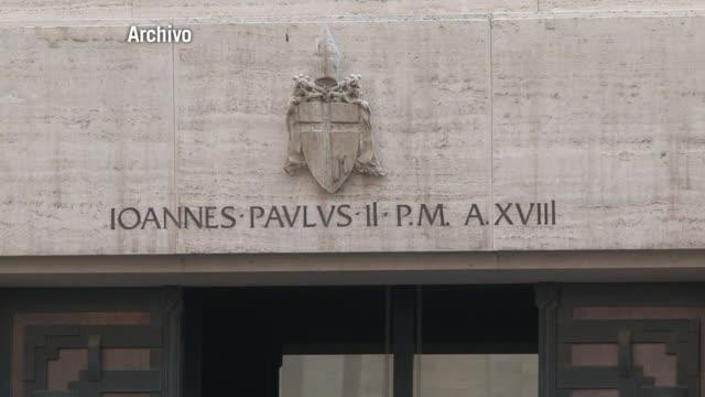 la santa sede y el estado de palestina firmaron el viernes en el vaticano un acuerdo que para la olp supone un reconocimiento de hecho - palestina stock videos and b-roll footage
