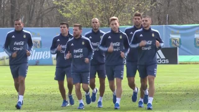 La seleccion argentina de futbol esta en la cuerda floja de la eliminatoria sudamericana al Mundial de Rusia2018 tras empatar 00 con Uruguay