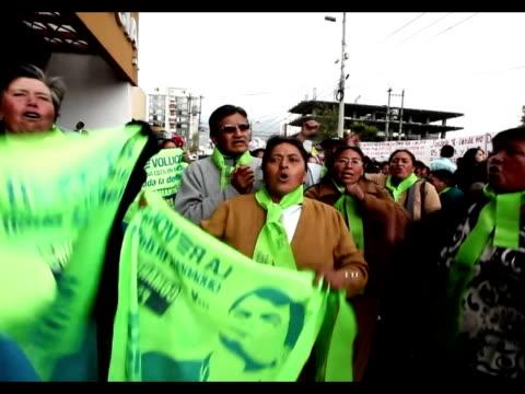 la suprema corte nacional de justicia de ecuador aplazo este viernes indefinidamente la audiencia de casacion en la demanda por injurias del... - diario stock videos and b-roll footage