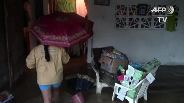 la tormenta marty causo intensas lluvias en el estado guerrero sur de mexico dejando a su paso casas y carreteras inundadas - 2015 stock videos & royalty-free footage