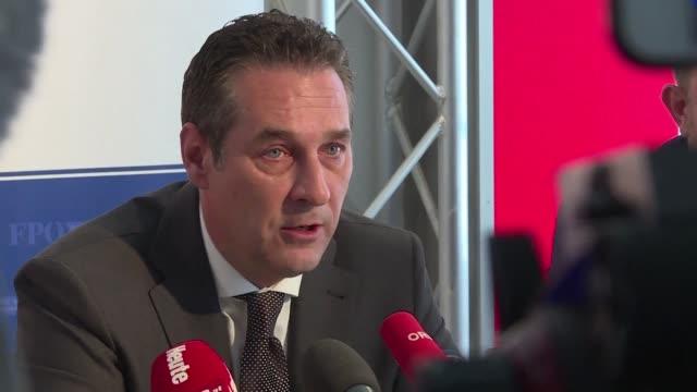 La ultraderecha austriaca pidio este miercoles a la justicia anular el resultado de las elecciones presidenciales dos semanas despues de haberlas...