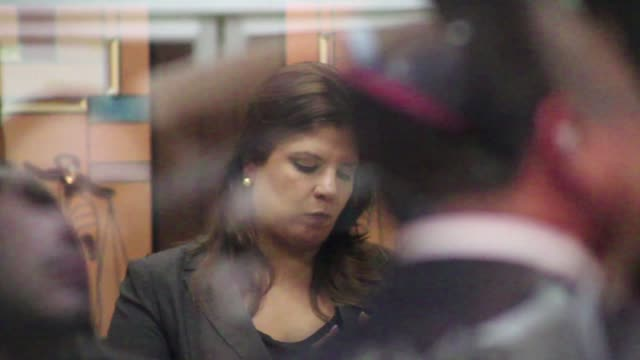 la vicepresidenta del congreso de honduras lena gutierrez y otros 15 acusados recibieron medidas sustitutivas de carcel por el juez que les sigue el... - congreso stock videos and b-roll footage