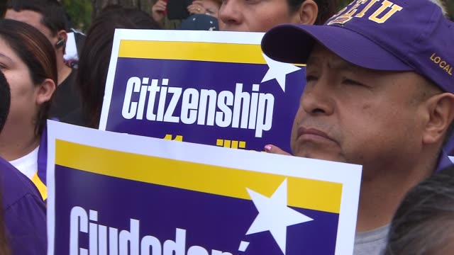 labor and religious leaders gathered to ask congress to put immigration reform at the top of the agenda activists want obama to stop deportation and... - 改革点の映像素材/bロール