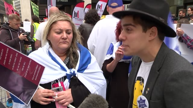 labour adopts full ihra antisemitism definition uk london protesters outside building hosting labour party national executive committee meeting... - 労働党点の映像素材/bロール