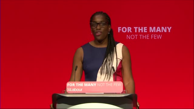 Naomi Klein speech ENGLAND West Sussex Brighton INT Jeremy Corbyn MP and others arrival / Kate Osamor MP introduction SOT