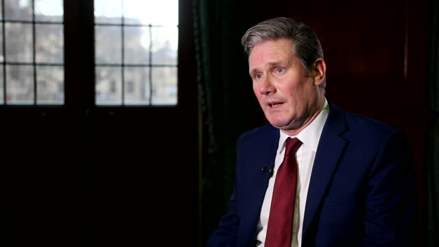 """labour leader keir starmer saying there needs to be an """"urgent review"""" of the coronavirus christmas bubble - social gathering stock videos & royalty-free footage"""