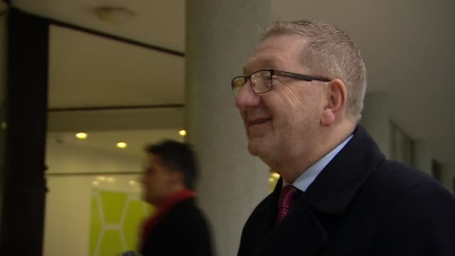 labour leadership contest: candidates arrive at unite the union; england: london: bloomsbury: congress house: ext len mccluskey arrival and speaking... - trade union stock videos & royalty-free footage