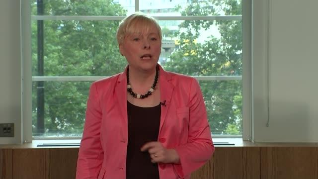 labour leadership contest: owen smith launches bid; lib / 11.7.2016 england: london: angela eagle mp speaking at the launch of her leadership bid... - 男爵夫人点の映像素材/bロール