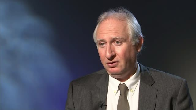 Labour MP Fiona Onasanya found guilty of perverting the course of justice ENGLAND London Daniel Zeichner MP interview SOT EXT Close shot bollard as...