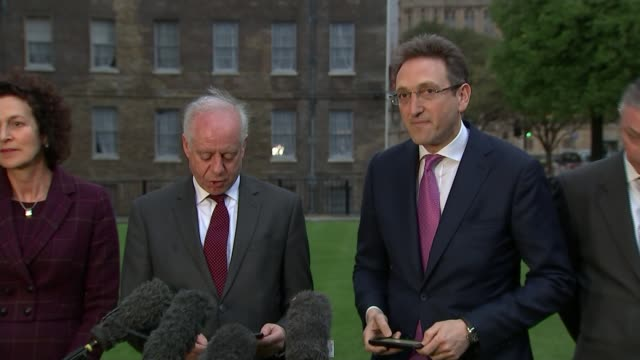 labour party anti-semitism row: jewish leaders 'disappointed' following meeting with jeremy corbyn; westminster: ext / dusk leaders of mainstream... - seguire attività che richiede movimento video stock e b–roll