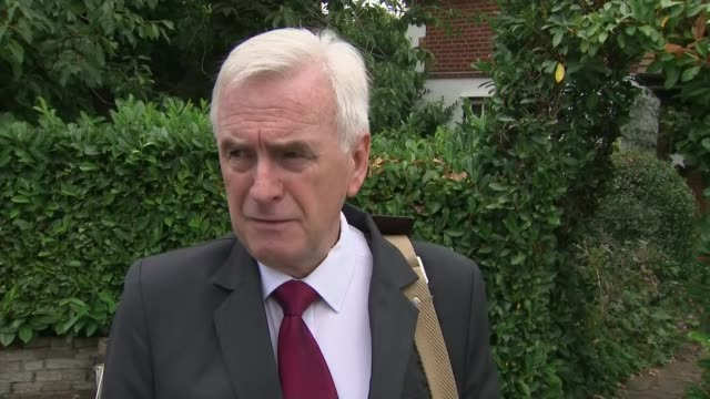 john mcdonnell doorstep england london ext john mcdonnell mp doorstep interview sot on new allegations from panorama investigation - panoramic stock videos & royalty-free footage