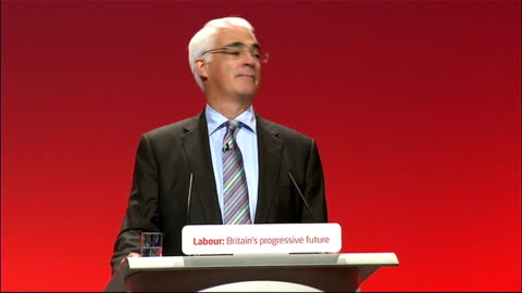 labour party conference 2010: alistair darling speech; england: manchester: manchester central : int alistair darling mp speech to labour party... - 労働組合会議点の映像素材/bロール