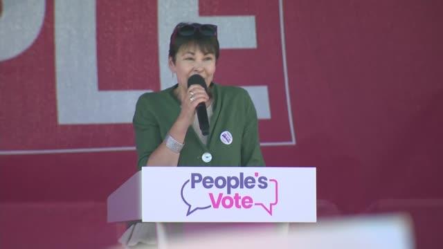 vídeos de stock e filmes b-roll de people's vote rally on brighton seafront england east sussex brighton caroline lucas mp speech sot - east sussex