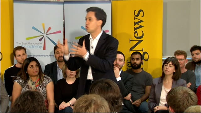 ed miliband speech at qa sessoin england manchester east manchester academy photography** ed miliband mp speech to audeince at question answer... - politics and government stock videos & royalty-free footage