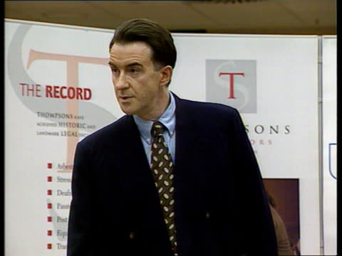 stockvideo's en b-roll-footage met gaffes itn england sussex brighton peter mandelson mp standing speaking to meeting peter mandelson mp speech the national minimum wage should be job... - peter mandelson