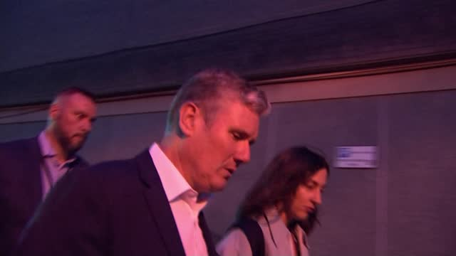 labour party conference: keir starmer rocked by resignation of frontbencher andy mcdonald; england: east sussex: brighton: ext / dusk sir keir... - defendant stock videos & royalty-free footage