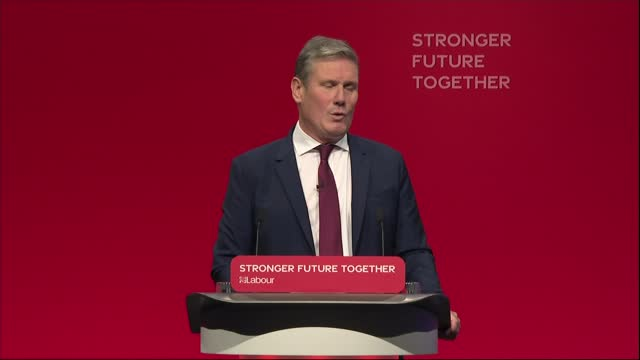 labour party conference: sir keir starmer speech; mix of itn pool and itn channel 4 news england: brighton: brighton centre: int high angle shot of... - simplicity stock videos & royalty-free footage