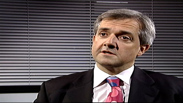 labour party funding scandal: electoral commission refer case to the police; gir: int chris huhne mp interview sot - クリス ヒューン点の映像素材/bロール