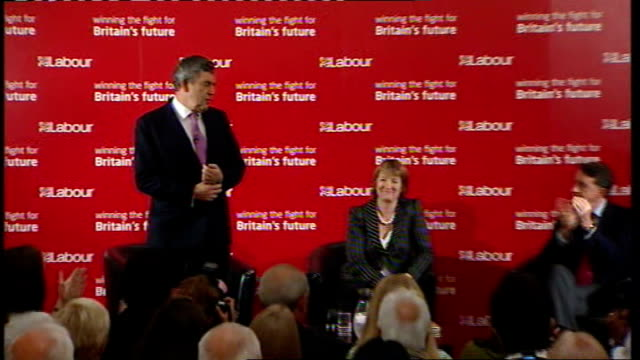 Gordon Brown speech to Labour activists in West Ham ENGLAND London West Ham Town Hall PHOTOGRAPHY *** Harriet Harman MP and Lord Mandelson on stage...