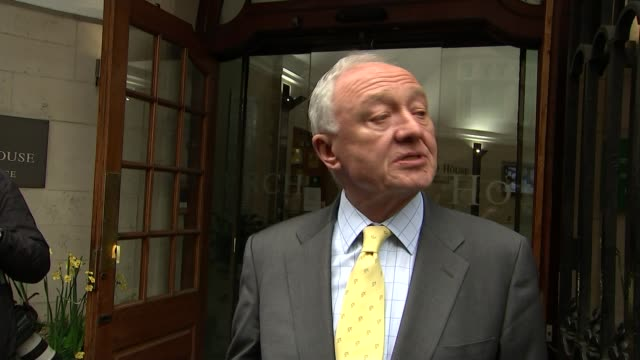 stockvideo's en b-roll-footage met ken livingstone suspended for a year for comments about hitler and zionism ext ken livingstone speaking to press here** ken livingstone speaking to... - ken livingstone