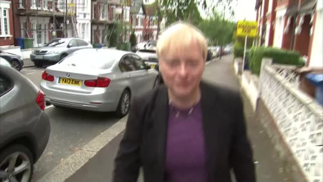 angela eagle to launch formal challenge against jeremy corbyn england london ext angela eagle mp along street past reporters angela eagle away - itv weekend evening news点の映像素材/bロール