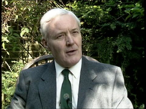 vídeos de stock, filmes e b-roll de labour party policy review ext location unknown ms tony benn mp interviewed about a move in the country back to consensus politics hopes that labour... - tony benn