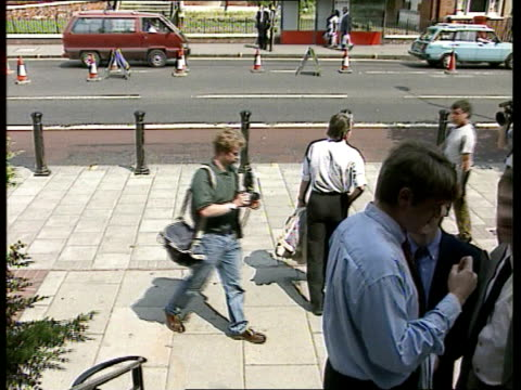 Selection of parliamentary candidates EXT/HOT SUNNY WEATHER Walworth Rd TCBV Robin Cook MP down along away PAN LR CMS Clare Short MP intvwd SOF trade...