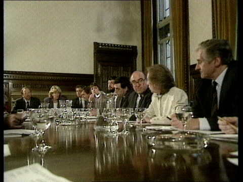 shadow cabinet elections cf tape no longer available england ms labour party shadow cabinet meeting london in session cms david blunkett mp gordon... - parlamentsmitglied stock-videos und b-roll-filmmaterial
