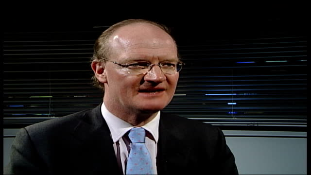 labour school reform plans criticised by committee gir david willetts mp interviewed sot it would be worst of both worlds if we end up with some sort... - toffee stock-videos und b-roll-filmmaterial