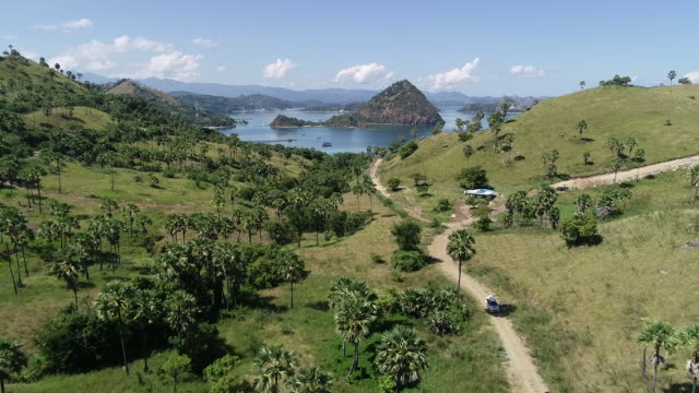 labuan bajo national park, flores. - insel komodo stock-videos und b-roll-filmmaterial