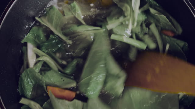 lad nah thai food fried noodle with pork - thai food stock videos & royalty-free footage