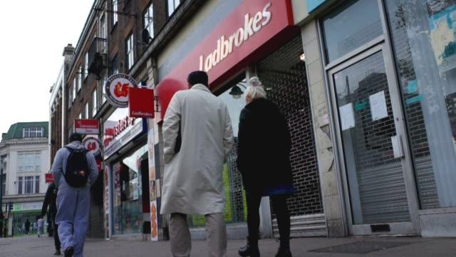 ladbrokes betting shop milton keynes