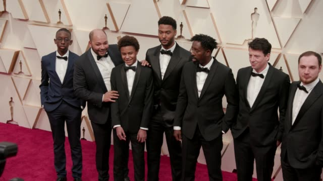 vidéos et rushes de ladj ly, djibril zonga, issa perica and alexis manenti at the 92nd annual academy awards at the dolby theatre on february 09, 2020 in hollywood,... - cérémonie des oscars