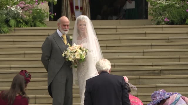 lady gabriella windsor arrives at st george's chapel with her father prince michael of kent for her wedding to thomas kingston - prinz michael von kent stock-videos und b-roll-filmmaterial