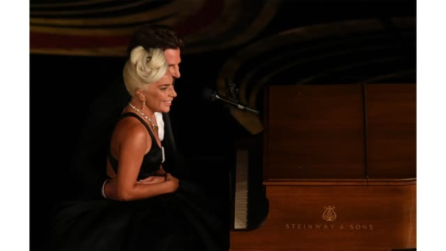 vídeos de stock e filmes b-roll de lady gaga and bradley cooper perform onstage during the 91st annual academy awards at dolby theatre on february 24 2019 in hollywood california - cerimónia dos óscares