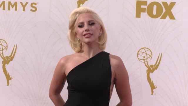 vídeos de stock e filmes b-roll de lady gaga at the 67th annual primetime emmy awards at microsoft theater on september 20, 2015 in los angeles, california. - 2015