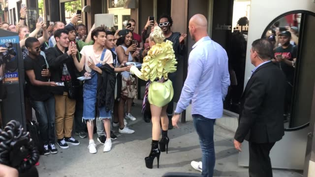 lady gaga leaves electric lady studios on may 30 2018 in new york city - avvistamenti vip video stock e b–roll