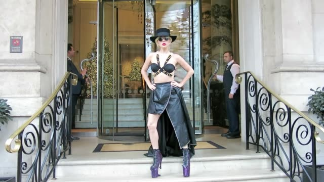 vídeos y material grabado en eventos de stock de lady gaga seen leaving the langham hotel on december 6 2016 in london england - 2016