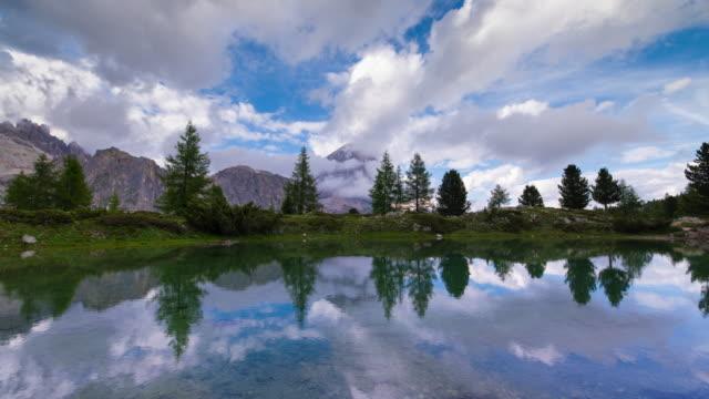 lago di limides, dolomites - lago stock videos & royalty-free footage