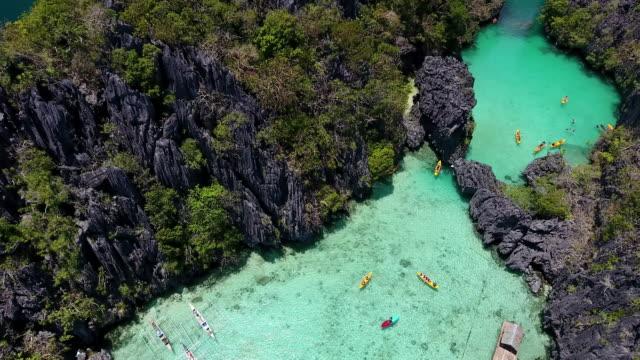 vidéos et rushes de lagon à palawan - philippines
