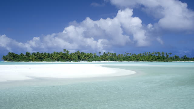 tl ws lagoon near island of aitutaki/ rarotonga, new zealand - aitutaki lagoon stock videos & royalty-free footage