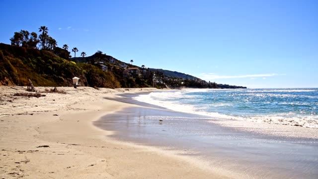 strandlandschaft - laguna beach california stock-videos und b-roll-filmmaterial