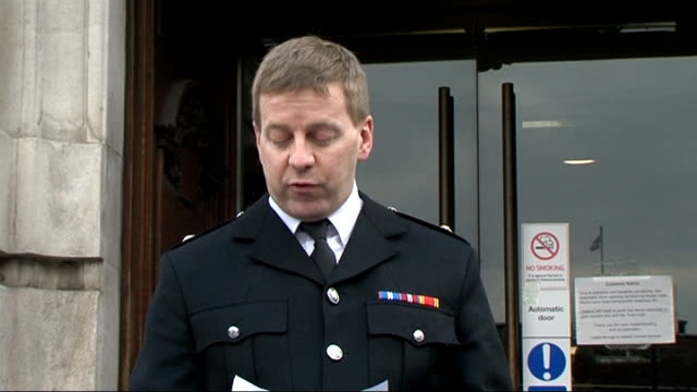deaths 'could have been prevented' london deputy assistant commissioner tim cutbill speaking to press sot - inquest stock videos & royalty-free footage