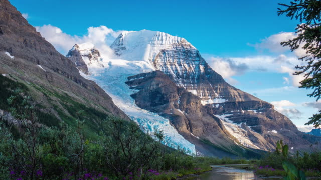 vidéos et rushes de lake and glacier on the berg lake trail, mt. robson provincial park. - time-lapse - saison