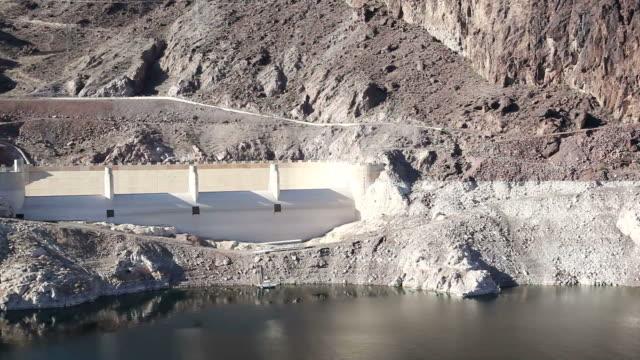 ws lake at hoover dam / hoover dam,arizona,usa   - hoover staudamm stock-videos und b-roll-filmmaterial