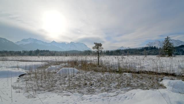 Lake Barmsee with Karwendel mountainrange on morning in winter, Krün, Garmisch-Partenkirchen Upper Bavaria, Bavaria, Germany, European Alps