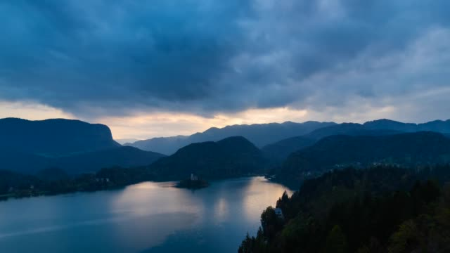 lake bled at night - lago di bled video stock e b–roll