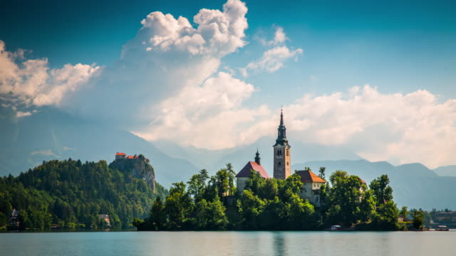 stockvideo's en b-roll-footage met lake bled in slovenië - time-lapse - slovenië